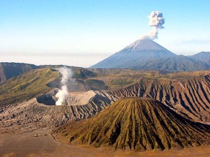 https://rafsanjanii.files.wordpress.com/2011/06/bromo118.jpg?w=300